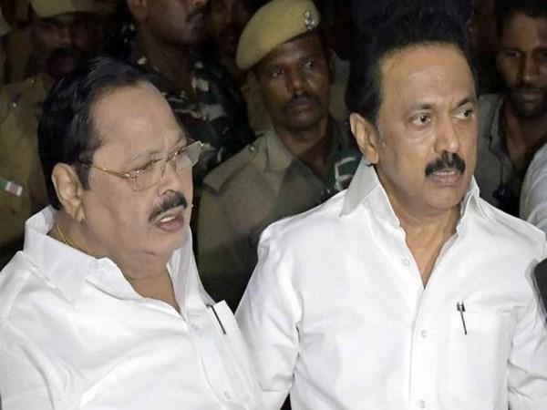 Madras HC extends status