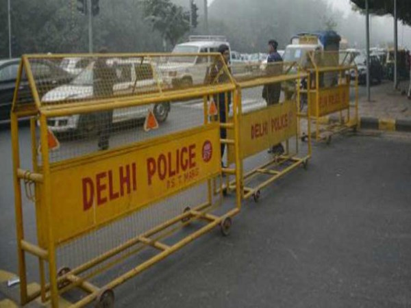 17-year-old-girl-dies-at-police-post-in-delhi-aap-asks-rajnath-to-fix-responsibility