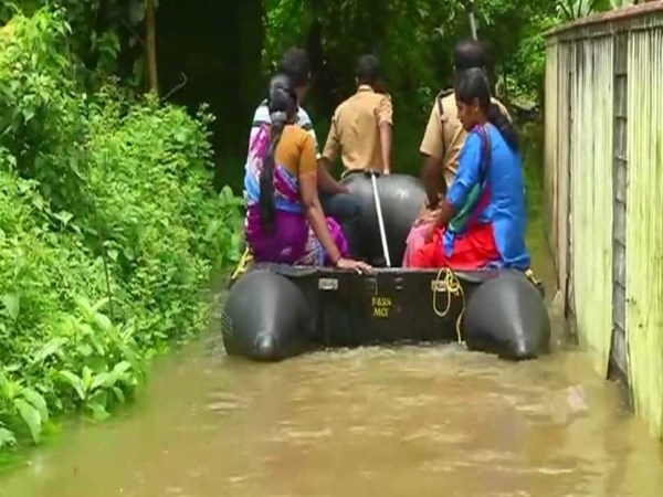 kerala-issues-red-alert-educational-institutions-to-remain-closed-on-friday