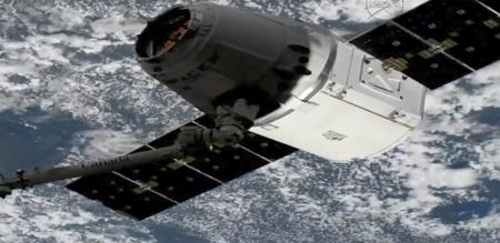 spacex-dragon-cargo-craft-arrives-at-international-space-station