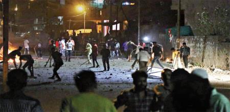 weapons-used-in-aurangabad-violence-were-bought-through-flipkart-fadnavis