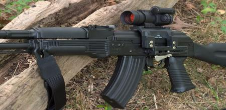 india-eyes-ak-103-assault-rifles-looks-for-deal-to-make-in-india
