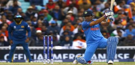 dhoni svaes indian team